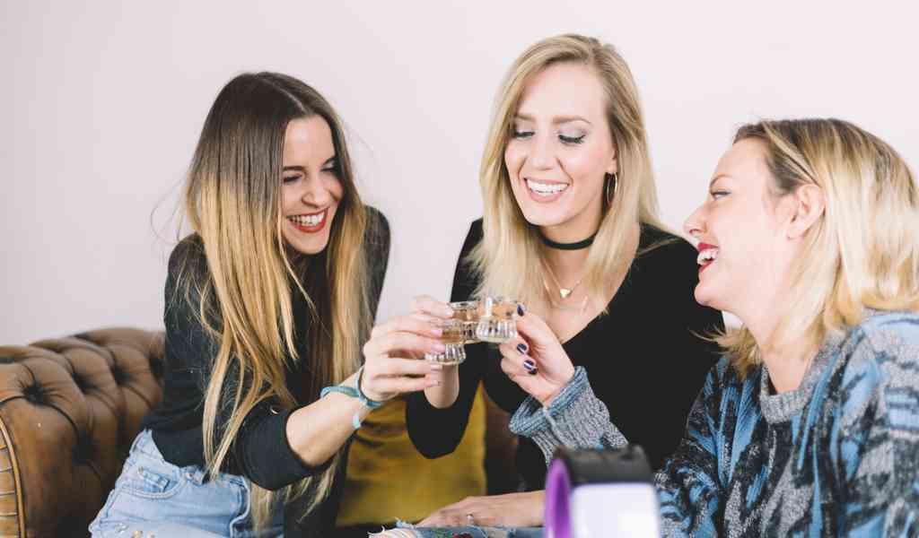 Лечение женского алкоголизма в Кингисеппе круглосуточно